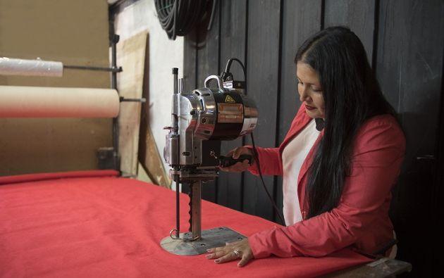 Packasing del Ecuador produce al mes alrededor de 75.000 fundas de tela.   Foto: Cecilia Puebla
