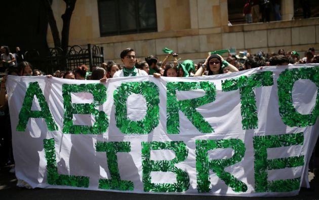 """Letrero de """"aborto libre"""". Foto: Reuters."""