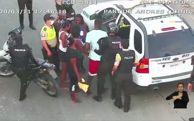 La fuerza pública ha realizado varias detenciones en el sur de Guayaquil debido al incumplimiento del toque de queda.