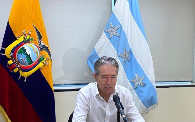 El ministro de Salud, Juan Carlos Zevallos, estima que, según proyecciones, el 60% de la población ecuatoriana se contagiará de COVID-19.