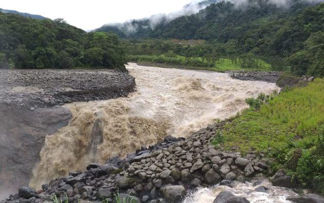 Se produjo un hundimiento de tierra en el sector San Rafael.