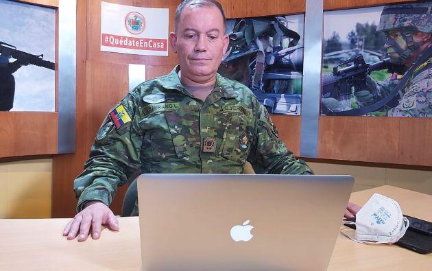 """Para el comandante general del Ejército, Luis Altamarino, los uniformados pelean """"con la moral en alto"""" en la batalla contra la pandemia."""