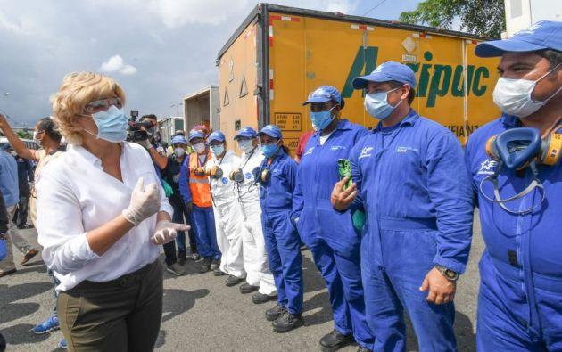 La alcaldesa de Guayaquil, Cynthia Viteri, recorre puntos de la ciudad desde su reincorporación