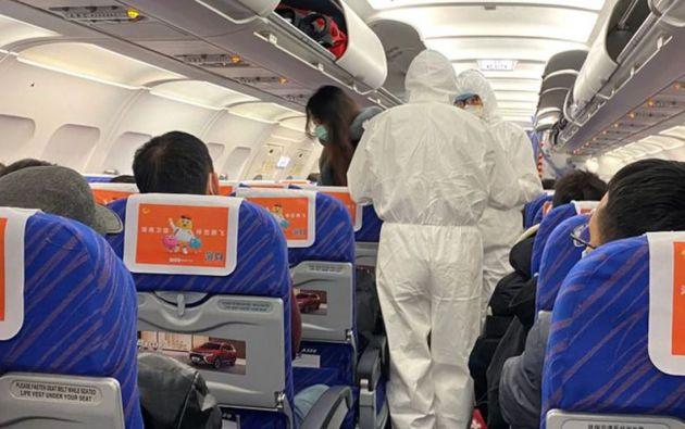 Hasta el miércoles habían regresado a Ecuador 2.879 personas en distintos vuelos. Foto referencial