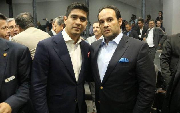 Jaime Estrada (i) y Francisco Egas (d) llegaron al mando de la Federación Ecuatoriana de Fútbol luego de 20 años de manejo de Luis Chiriboga y Carlos Villacís.