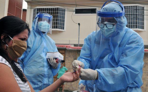 """El próximo lunes, Ecuador iniciará una nueva fase en el marco de la emergencia sanitaria por la pandemia en el país, con la aplicación de una estrategia de """"distanciamiento"""" social, en reemplazo del """"aislamiento social"""", con lo que se busca reanudar algunas actividades laborales."""
