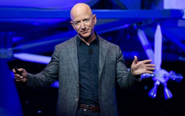 """""""Aunque esperamos que testifique de forma voluntaria, nos reservamos el derecho de recurrir a un proceso obligatorio si es necesario"""", le advirtió el comité al magnate estadounidense Jeff Bezos."""