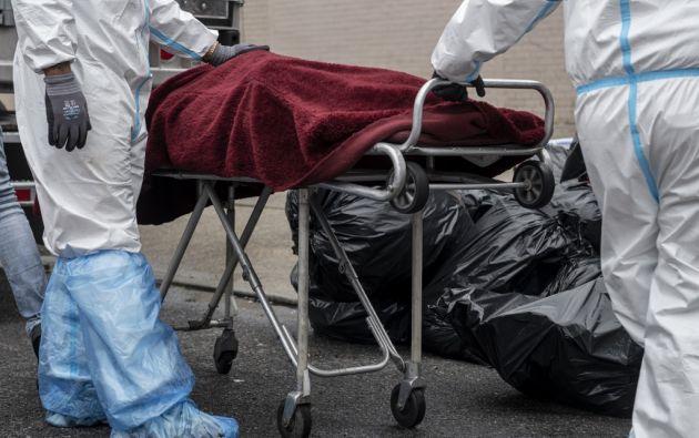 4.000 bolsas para cadáveres por casi USD 600.000. Foto referencial: AFP