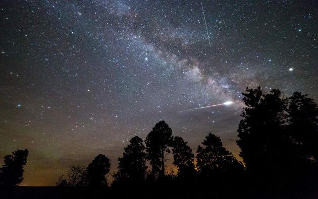Lluvia de meteoros Eta Acuáridas alcanza su máximo esplendor en los primeros días del mes. Foto:AFP