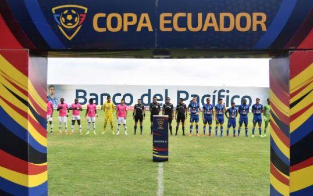 El campeonato y todas las actividades de los clubes profesionales y aficionados en el país fueron suspendidas el pasado 15 de marzo debido a la expansión de la pandemia del coronavirus en Ecuador.