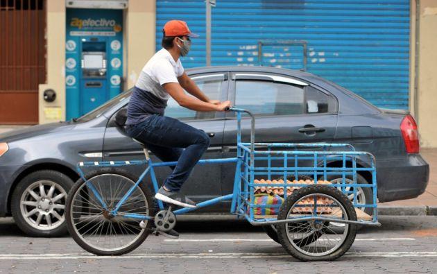 La emergencia sanitaria ha golpeado duramente la economía de Ecuador. Foto: AFP.