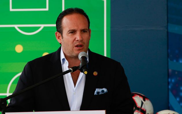 Francisco Egas presentó una acción de protección en contra del Directorio de la FEF para frenar su remoción y nombramiento de Jaime Estrada. Sin embargo, quedó sin efecto su acción legal y le traería consecuencias.