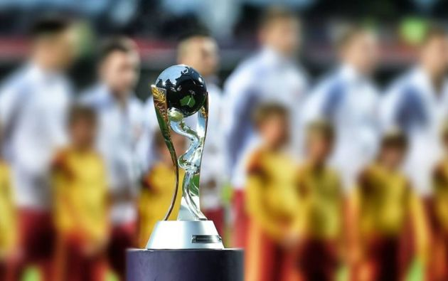 Los tres mundiales y el congreso de la FIFA han sido reprogramados para este año.