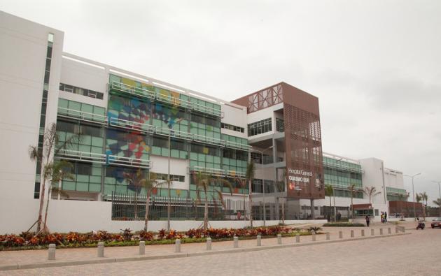 Las instalaciones del hospital del IESS del Guasmo fueron intervenidad.