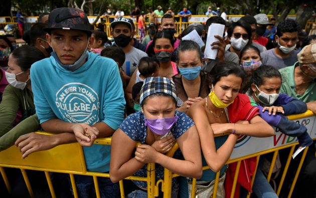 Una vez abiertas las fronteras, los países delinearán un mecanismo de control en la entrada de los países. Foto: AFP