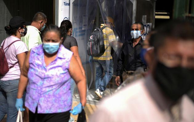 La provincia de Guayas sigue como la más afectada en el país con 13.787 casos positivos. Foto: AFP