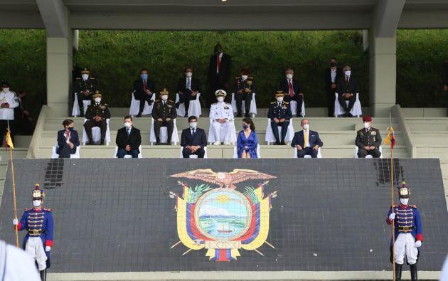 La ceremonia se celebró con una presencia simbólica de autoridades civiles y militares. Foto: EFE
