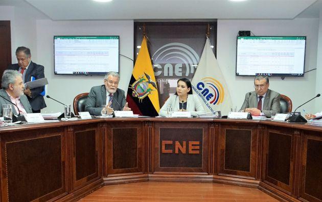 El pleno del CNE sesionó y se debatió tomar en cuenta los memorandos con los que se ha insistido en que se aborde el mecanismo para sufragar en 2021.