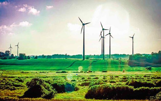 Los recursos obtenidos de la colocación de los bonos verdes sirven para financiar o refinanciar proyectos que contribuyan con la adaptación o mitigación del cambio climático.