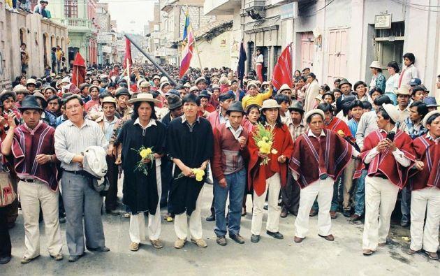 Fotografía cedida por la Confederación de Nacionalidades Indígenas del Ecuador (CONAIE) que muestra el levantamiento Indígena del año de 1990.