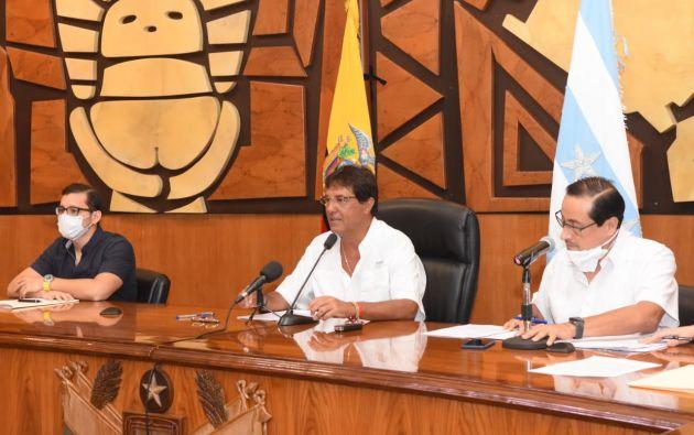 La defensa del prefecto Carlos Luis Morales dijo desconocer de la separación del hijo Luis Morales de su función como jefe del mercado de la Caraguay por la denuncia de cobrar por pedir la realización de pruebas COVID-19.
