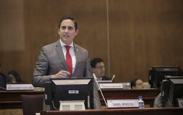 El legislador se encuentra detenido en la cárcel 4, en Quito. Desde este lunes el Consejo de Administración Legislativa le suspendió su sueldo mientras esté aprehendido.