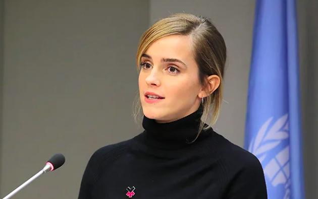 La actriz británica Emma Watson contradijo los comentarios de la autora de Harry Potter.