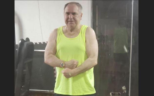 """""""Es posible que el sábado me intervengan si no se para la arritmia...desearía hacerlo en Panamá o Houston"""", dijo Bucaram."""