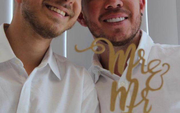 Tomás Bartolomeo y Julio Alarcón se casaron el 31 de enero de este año, son parte de las 122 parejas del mismo sexo que se han casado en Ecuador.