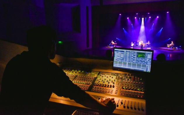 Muestras escénicas y musicales ha ofrecido la sala digital del Teatro Benjamín Carrión de Loja. Foto: @Cultura_Ec