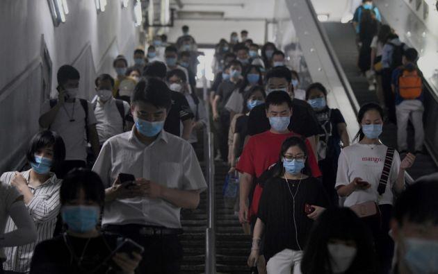 En China, actualmente hay 177 personas con covid-19, dos en estado grave. Se trata del nivel más elevado desde comienzos de mayo. Foto: AFP
