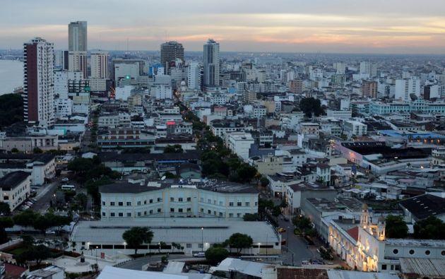 """La encuesta advirtió de que un 13 por ciento de la población realizó operaciones comerciales """"on line"""". Foto: Reuters"""