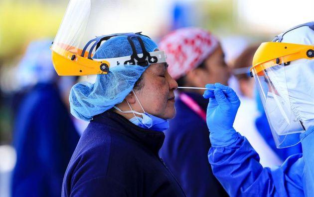 Los datos por provincias, que se basan únicamente en las pruebas PCR, indican que Guayas continúa a la cabeza con 14.769 positivos y 1.529 decesos. Foto: EFE