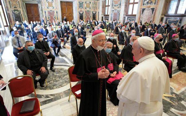 El vaticano está realizando donaciones en varios países.