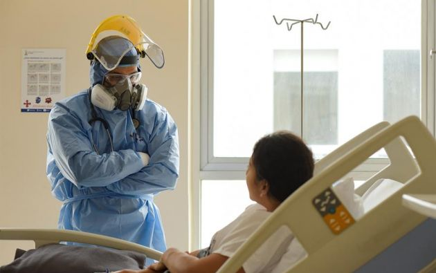 Otros 5.120 pacientes se han recuperado, 6.456 recibieron el alta hospitalaria y 13.879 fueron dados de alta epidemiológica. Foto: EFE