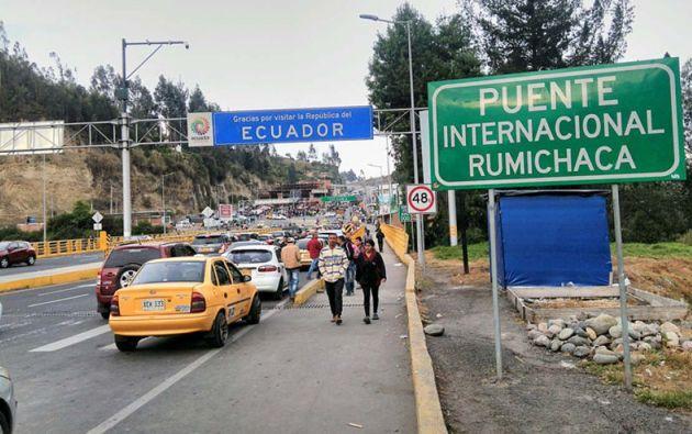 El tránsito únicamente será posible a través del puente Rumichaca que une a Colombia con Ecuador.