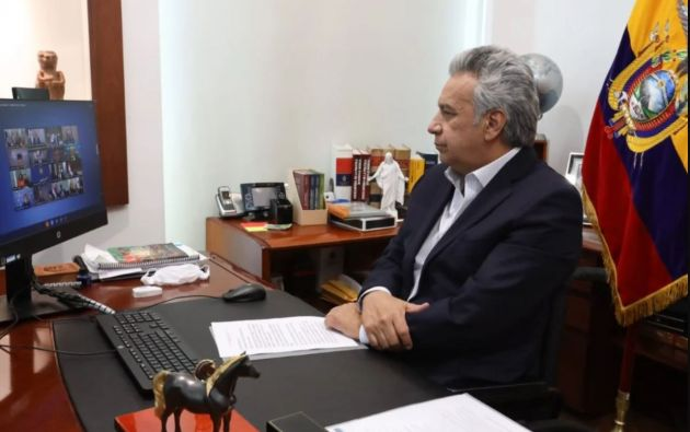 La reunión se produjo minutos después de que el FMI publicara sus proyecciones macroeconómicas actualizadas.