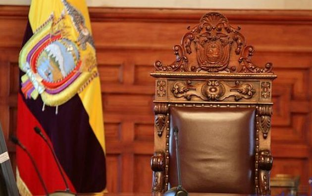 """""""Nunca hemos tenido una indecisión, faltando ocho meses para las elecciones, que supere el 80 % de la población"""", dijo el presidente de Cedatos."""