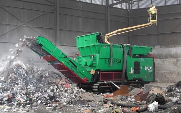 La exportación de estos residuos se retrasó por la propagación de la pandemia de la COVID-19, lo cual impidió obtener los permisos en los diferentes países de paso y se alteró el cronograma inicial. El contrato contempla la exportación de más de 3.000 toneladas de residuos industriales, con una inversión de $7,5 millones.