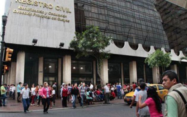 Según informó la entidad, estas personas sorprendían a incautos ciudadanos con la oferta de gestionarles un turno para la atención.
