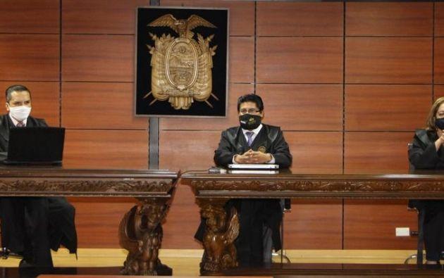 El Tribunal decidió ratificar la sentencia, en primera instancia, de ocho años de prisión contra Correa.