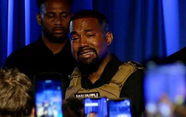 West se puso a llorar al recordar cómo su padre quiso interrumpir el embarazo de su madre.