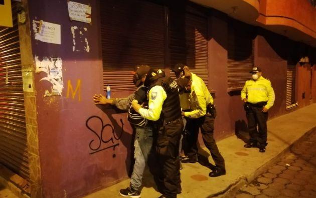 Por incumplir el toque de queda la primera vez la sanción es de 100 dólares, por reincidir la multa sube a 400 dólares. Foto: Policía Nacional.