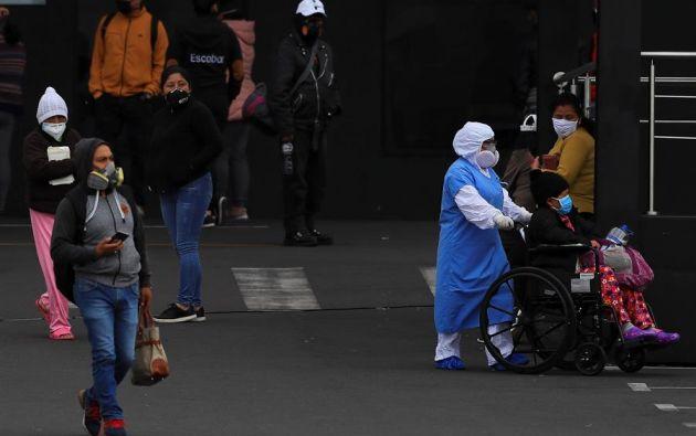Quito sigue encabezando la lista como la ciudad con mayor número de casos. Foto: EFE