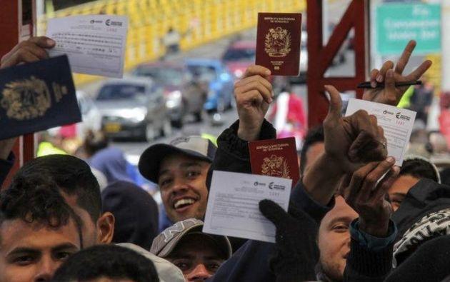 Para la obtención de este tipo de visas se requiere el pago de 50 dólares por persona solicitante. Foto: archivo