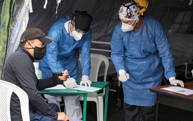 Se han tomado en el país un total de 233.877 pruebas, entre PCR y rápidas. Foto: EFE