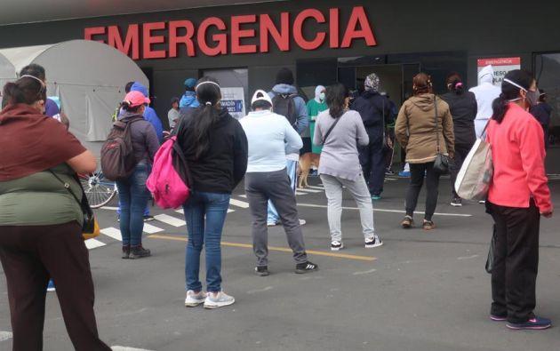 Los desfases de fallecimientos se han trasladado a la provincia de Pichincha. Foto: EFE
