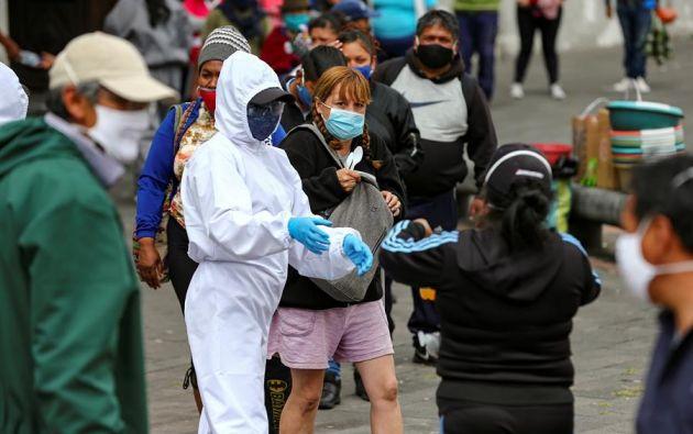 De las 24 provincias del país, Pichincha encabeza la lista de contagios con 19.851 casos. Foto: EFE