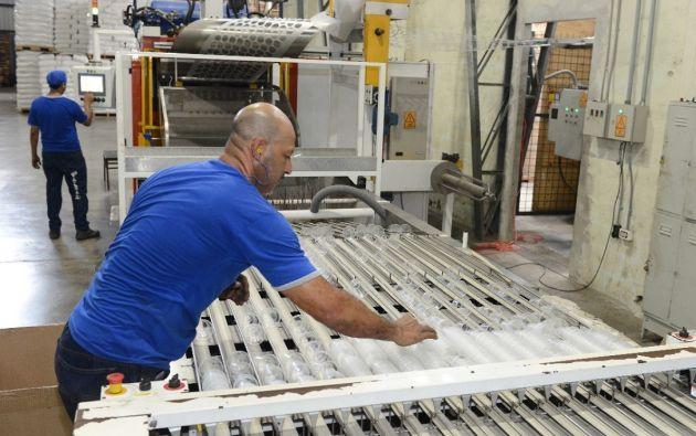 El sector de plásticos está compuesto por 600 empresas en el Ecuador, según datos de Aseplas. Foto Vistazo
