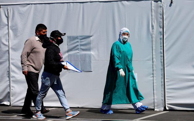 El aumento de casos ha llevado al Gobierno a prorrogar por 30 días más el Estado de excepción para intentar frenar el auge de la pandemia.